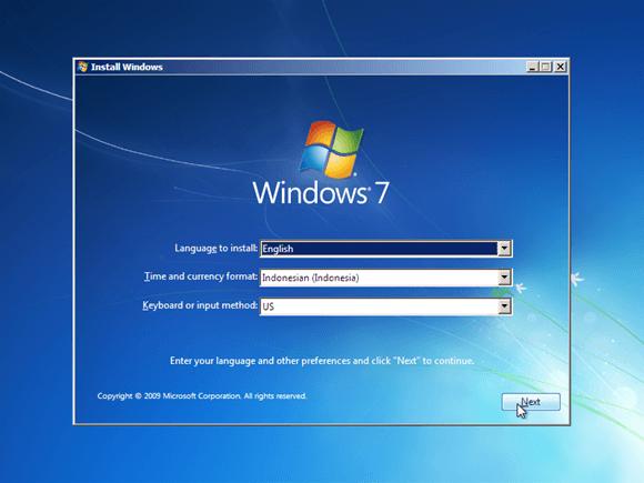 pilih bahasa forwat waktu dan mata uang serta keyboard layout saat installasi windows