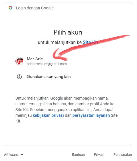 pilih akun google analytics